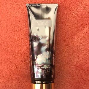 BRAND NEW Victoria's Secret body lotion 8 fl oz
